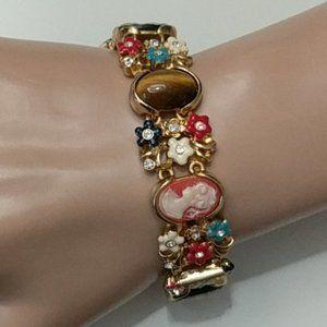 JACQUELINE KENNEDY Cameo Bracelet 24 KT GP 7 in
